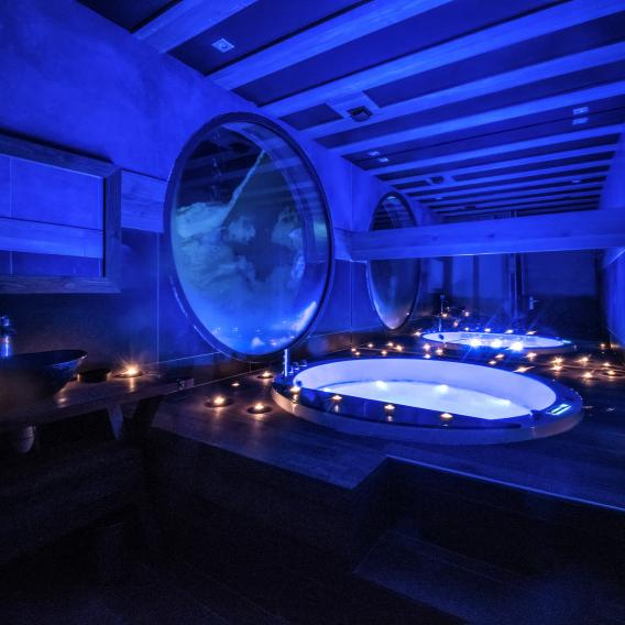 Over the Moon Jacuzzi